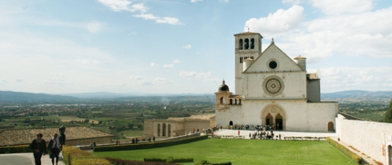assisi italy aavtravel