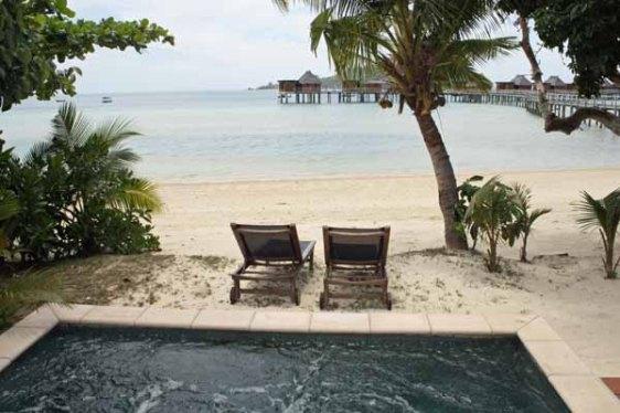 liku liku, bure, beachfront, fiji, aavexplorations