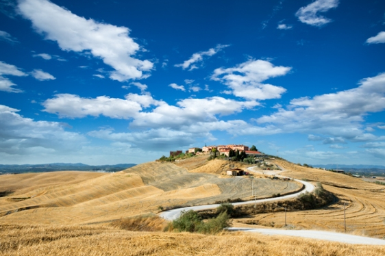 Tuscan Hill Italy aavtravel