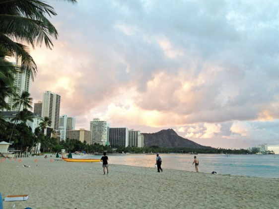 oahu, waikiki, diamond head, beach, surfing, aavtravel