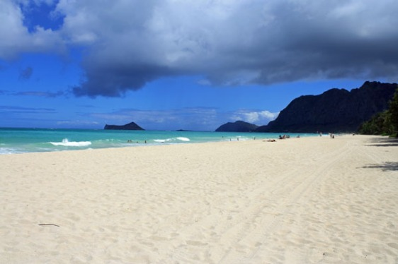 waimolo beach, oahu, hawaii, aavtravel