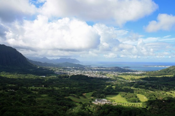 pali lookout, oahu, hawaii, aavtravel