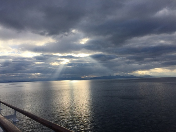 sun, rays, ocean, alaska, inside passage, cruise, aavtravel