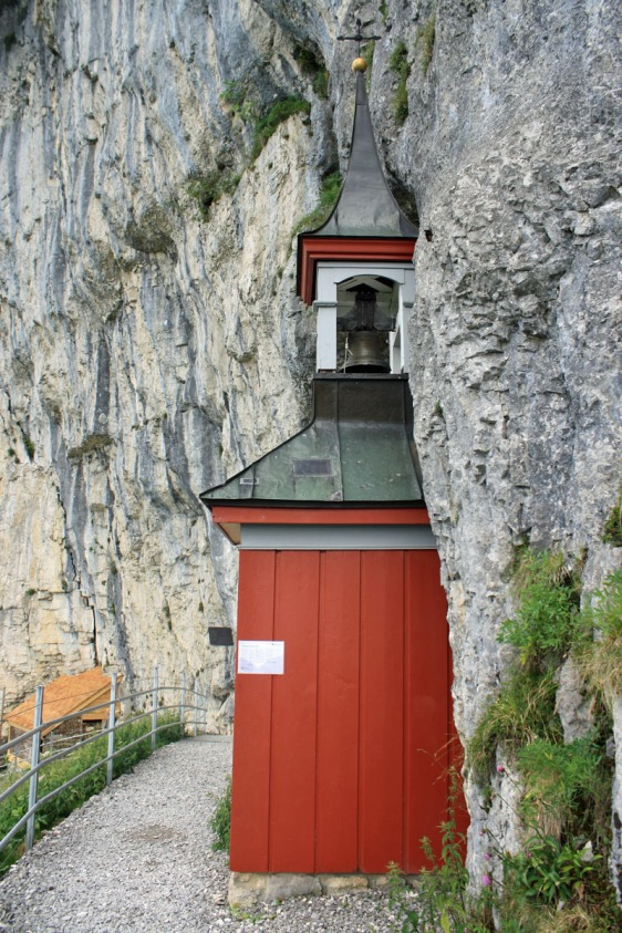 Äscher-Wildkirchli, wildkirchli, Äscher, Appenzell, cliff, mountains, switzerland, aavtravel