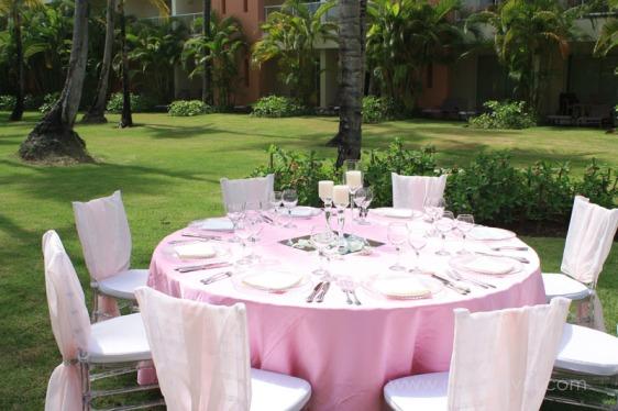 destination wedding, punta cana, dominican republic, la romana, secrets, dreams, now, aavtravel, beach wedding, table setting, wedding decorations