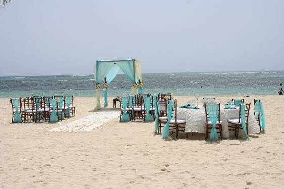 destination wedding, punta cana, dominican republic, la romana, secrets, dreams, now, aavtravel, beach wedding, oceanfront, turquoise