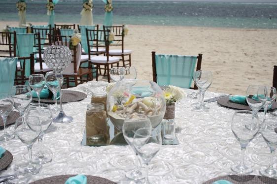 destination wedding, punta cana, dominican republic, la romana, secrets, dreams, now, aavtravel, beach wedding, centerpiece, turquoise, table setting