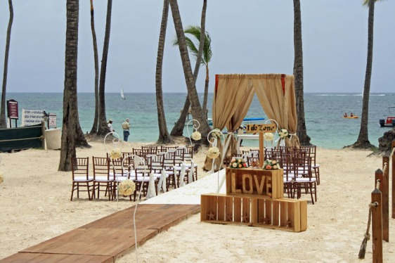 destination wedding, punta cana, dominican republic, la romana, secrets, dreams, now, aavtravel, beach wedding, rustic, burlap