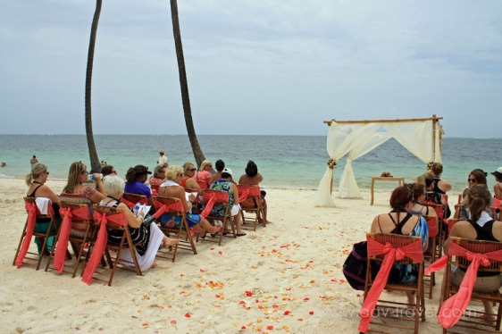 destination wedding, punta cana, dominican republic, la romana, secrets, dreams, now, aavtravel, beach wedding, ceremony