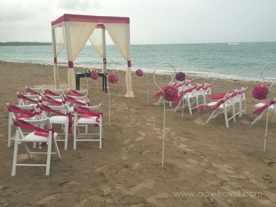 destination wedding, punta cana, dominican republic, la romana, secrets, dreams, now, aavtravel, beach wedding, pink, white