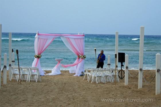 destination wedding, punta cana, dominican republic, la romana, secrets, dreams, now, aavtravel, beach wedding, sax player