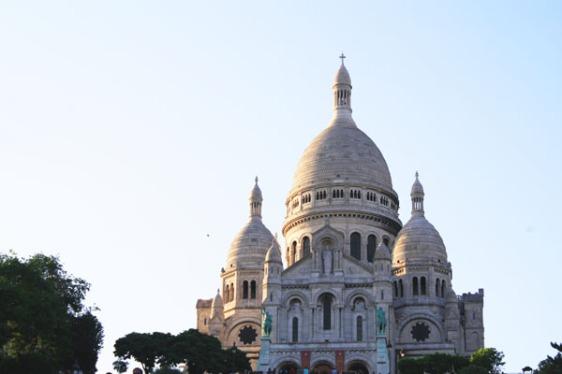 sacre coeur, montmartre, paris, aavtravel
